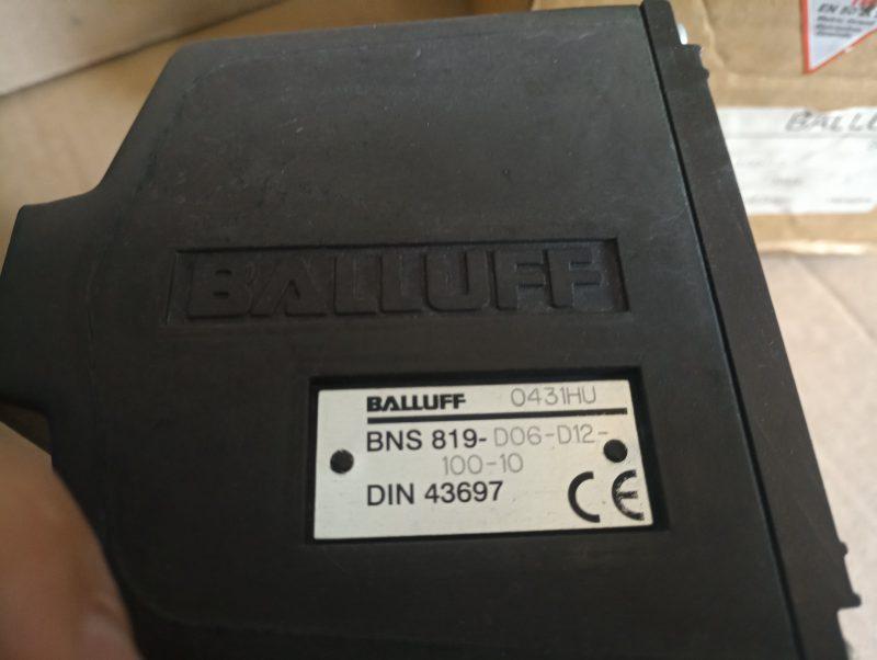 BNS 819-D06-D12-100-10